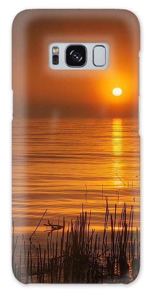 Lake Michigan Galaxy S8 Case - Sunrise Through The Fog by Scott Norris