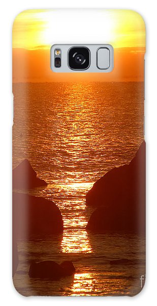 Sunrise Through The Rocks Galaxy Case