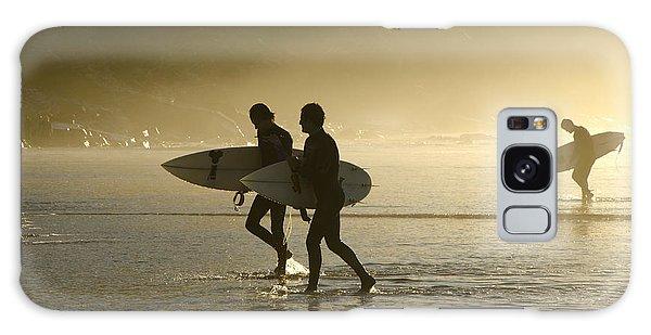Sunset Surfers Biarritz Galaxy Case