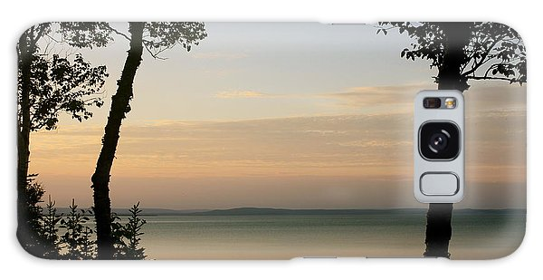 Sunsets On The Bay Of Fundy Galaxy Case by Robin Regan