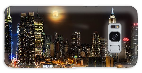 Galaxy Case featuring the photograph Super Moon Over Nyc by Susan Candelario