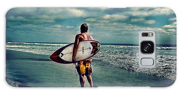 Surfer Walking The Beach Galaxy Case