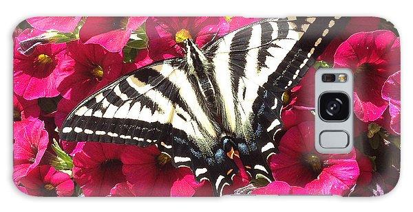 Swallowtail Butterfly Full Span On Fuchsia Flowers Galaxy Case
