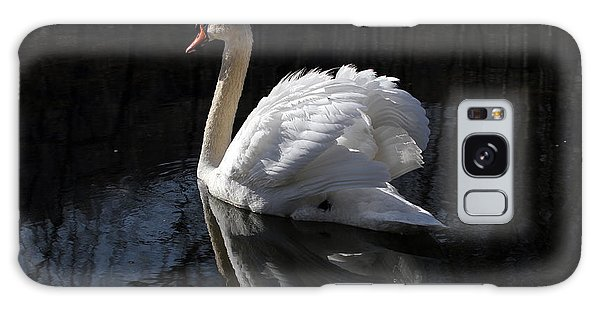 Swan With Reflection  Galaxy Case by Eleanor Abramson