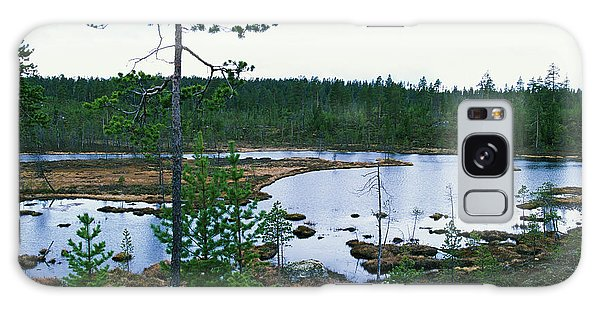 Boreal Forest Galaxy Case - Taiga Forest by Leslie J Borg/science Photo Library
