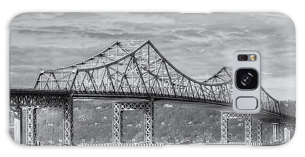 Tappan Zee Bridge Iv Galaxy Case by Clarence Holmes