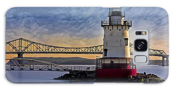 Galaxy Case featuring the photograph Tarrytown Light by Susan Candelario