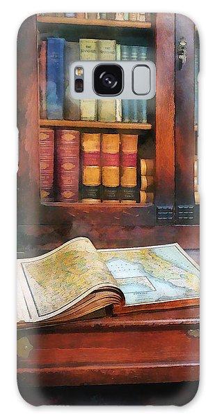 Teacher - Geography Book Galaxy Case