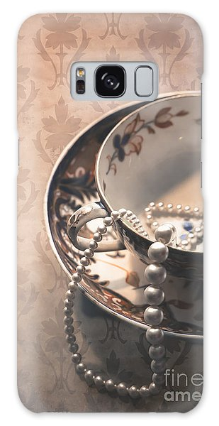Teacup And Pearls Galaxy Case