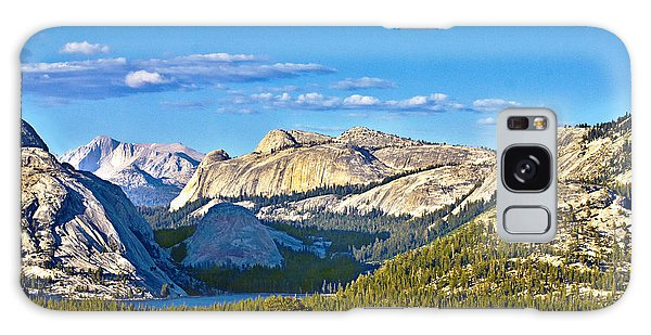 Tenaya Lake From Olmsted Point In Evening Galaxy Case