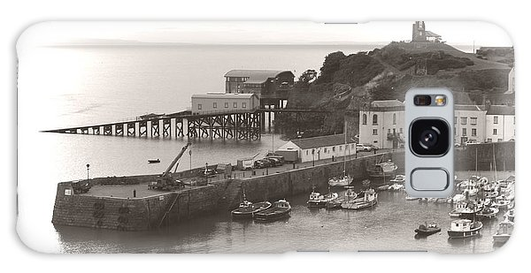 Tenby Harbour And Castle Hill Vignette Galaxy Case