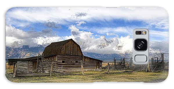 Teton Barn 2 Galaxy Case