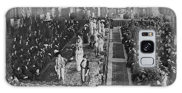 Catwalk Galaxy S8 Case - The 'catwalk' In 1910  A  Fashion Show by Mary Evans Picture Library