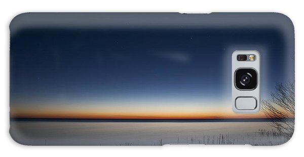 Lake Michigan Galaxy S8 Case - The First Light Of Dawn by Scott Norris