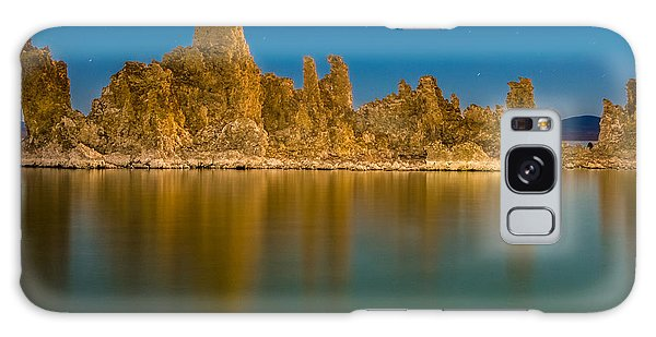 The Ghost Ship At Mono Lake Galaxy Case