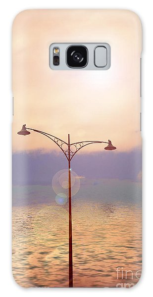 The Lampost Galaxy Case