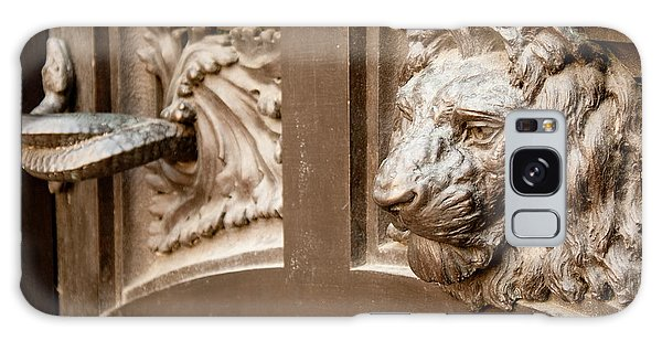 The Lion's Head Door Galaxy Case
