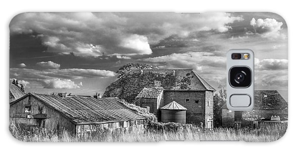 The Old Farm Buildings. Galaxy Case