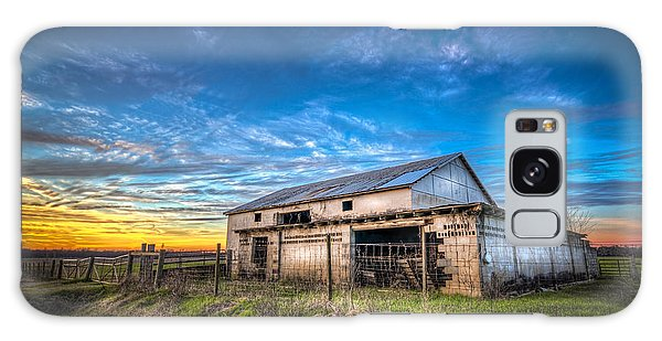 Fence Post Galaxy Case - This Old Barn by Marvin Spates