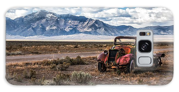 Haybale Galaxy Case - This Old Truck by Robert Bales