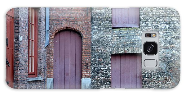 Three Doors And Two Windows Bruges, Belgium Galaxy Case