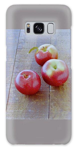 Three Red Apples Galaxy Case