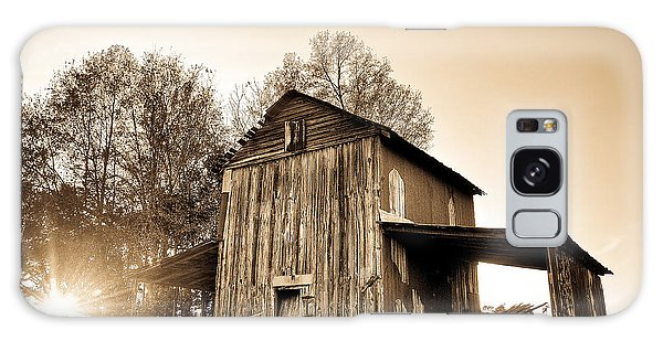 Tobacco Barn In Sunset Galaxy Case