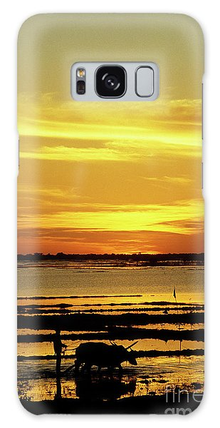 Tonle Sap Sunrise 02 Galaxy Case