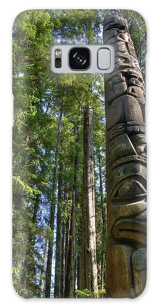 Totem Pole Galaxy Case