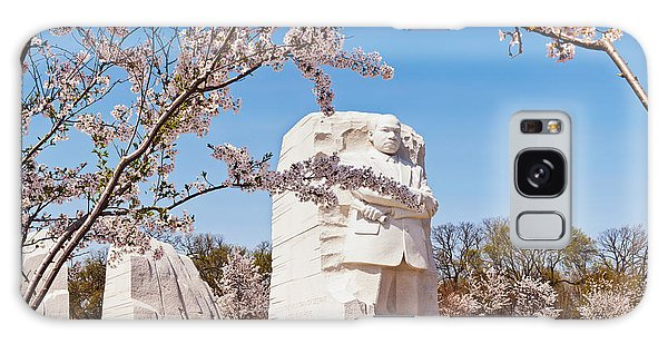 Martin Luther Galaxy Case - Tourists At Martin Luther King Jr by Panoramic Images