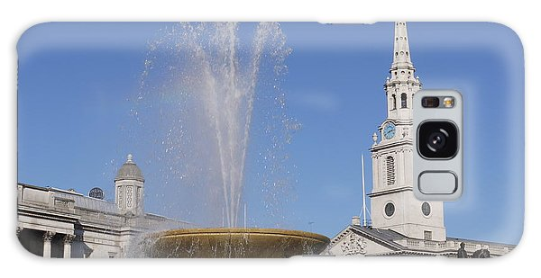 Trafalgar Square Fountain. Galaxy Case