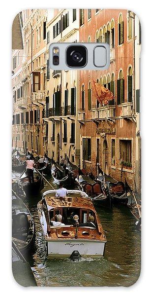 Traffic In Venice Galaxy Case by Gerald Hiam