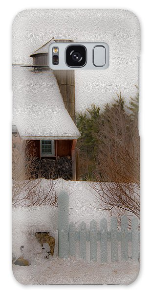 Tuftonboro Barn In Winter Galaxy Case