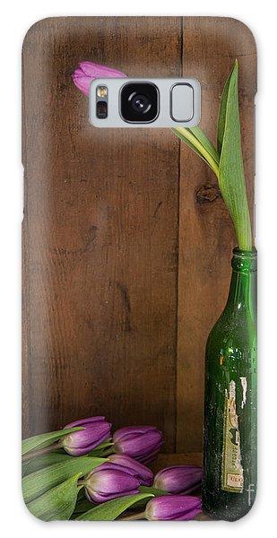 Tulips Green Bottle Galaxy Case