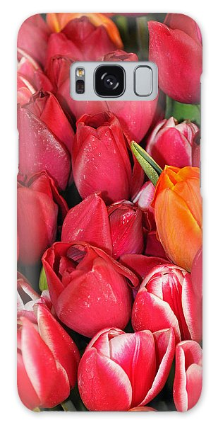 Tulips In Pike Place Market Galaxy Case