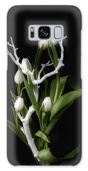 Tulip Galaxy S8 Case - Tulips In Tree Branch Still Life by Tom Mc Nemar