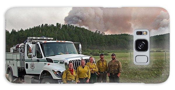 Umpqua Engine 25 On Myrtle Fire Galaxy Case by Bill Gabbert