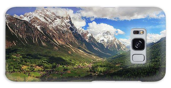 Countryside Galaxy Case - Un Valle by Juan Pablo De
