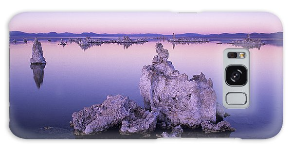Desert View Tower Galaxy Case - Usa, California, Tufa Formations And by Greg Vaughn