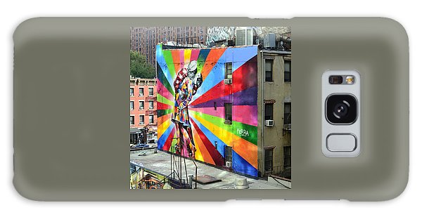 V - J Day Mural By Eduardo Kobra Galaxy Case by Allen Beatty