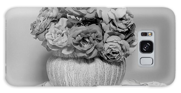 Vase Of Roses Galaxy Case