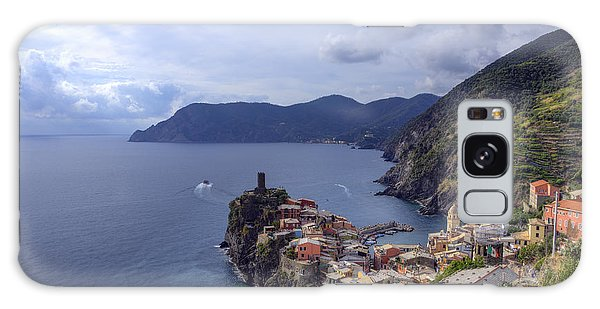 Vernazza By The Sea Galaxy Case