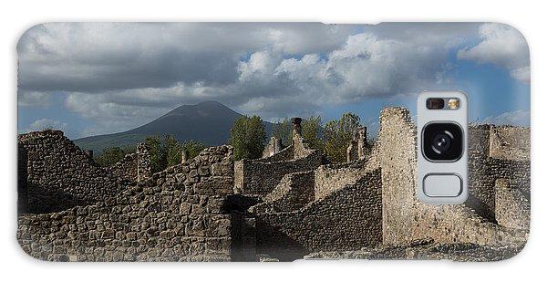Vesuvius Towering Over The Pompeii Ruins Galaxy Case