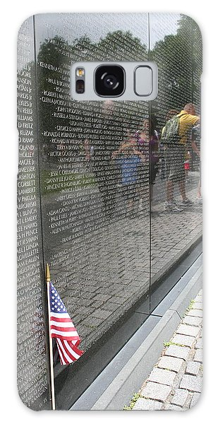 Vietnam Memorial 3 Galaxy Case