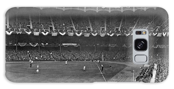 Yankee Stadium Galaxy S8 Case - View Of Yankee Stadium by Underwood Archives