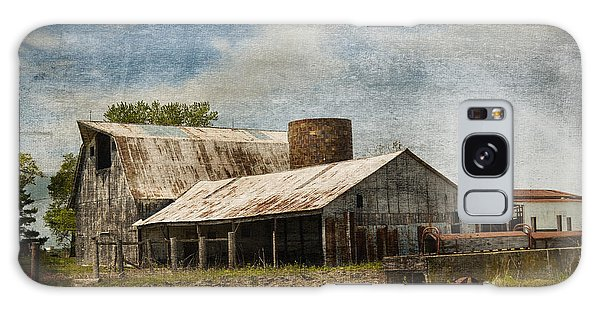 Barn -vintage Barn With Brick Silo - Luther Fine Art Galaxy Case
