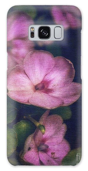 Vintage Impatiens Galaxy Case