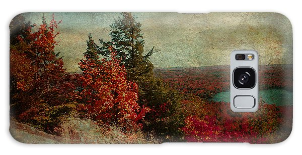 Vintage Inspired Adirondack Mountains In Fall Colors Galaxy Case