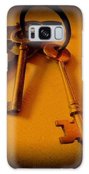 Vintage Keys Deep Antiqued Vignette Galaxy Case