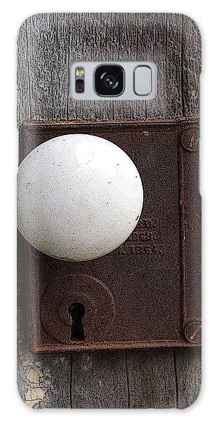 Vintage White Doorknob Galaxy Case